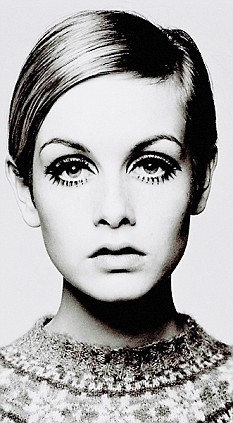 **MUST READ NOTICE IN WARNINGS BOX**Barry Lategan - Twiggy 1966This is the first image ever produced of Twiggy as a model when she was just 16. It's a signed print, no 24 in a series of 40. Barry was instrumental in launching Twiggy's career.He also suggested that she use the name 'Twiggy' for her professional career.One of A collection of British Photographs to go up for auctionthe pictures can be viewed at WWW.livingexposure.co.uk